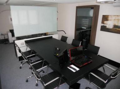 [Móveis de escritório em SP, mesa de reunião]
