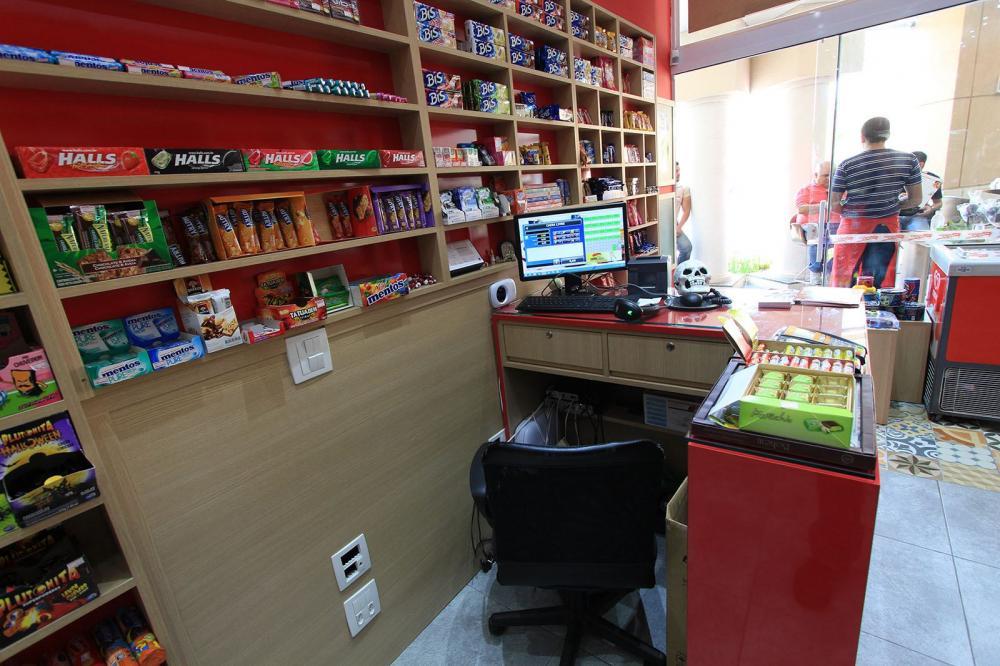 Móveis para loja na Zona Sul SP, armários para mercado - Foto 4