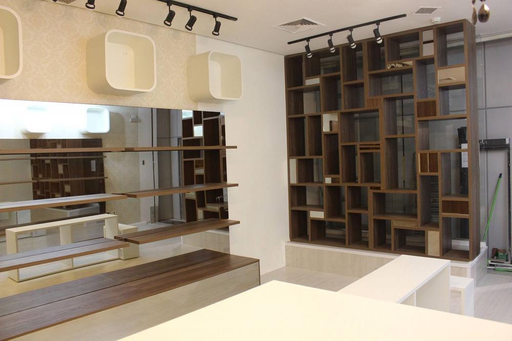 Móveis para lojas na Moóca SP, Balcão de atendimento e expositores - Foto 2