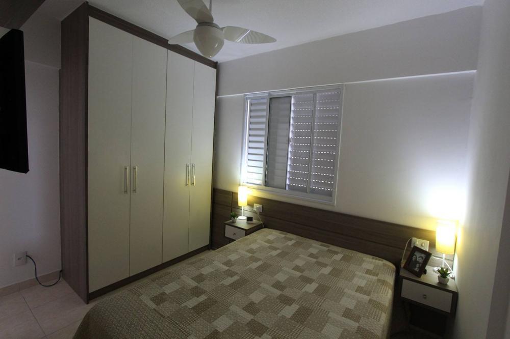 Dormitório Planejado na Vila Maria em SP com treliche e escada - Foto 1