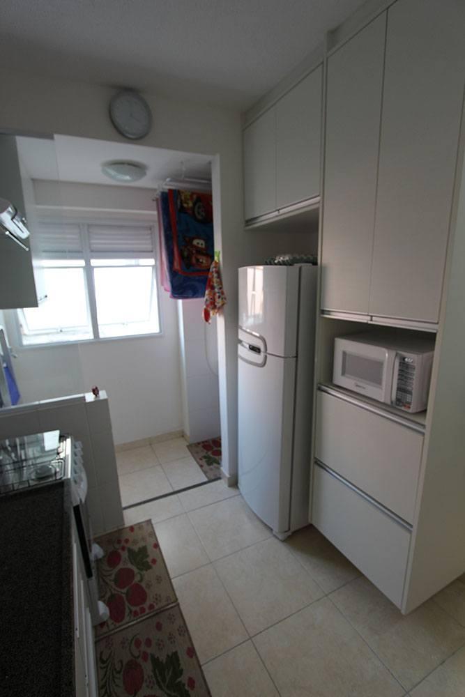 Cozinha planejada em Praia Grande SP, MDF branco - Foto 1