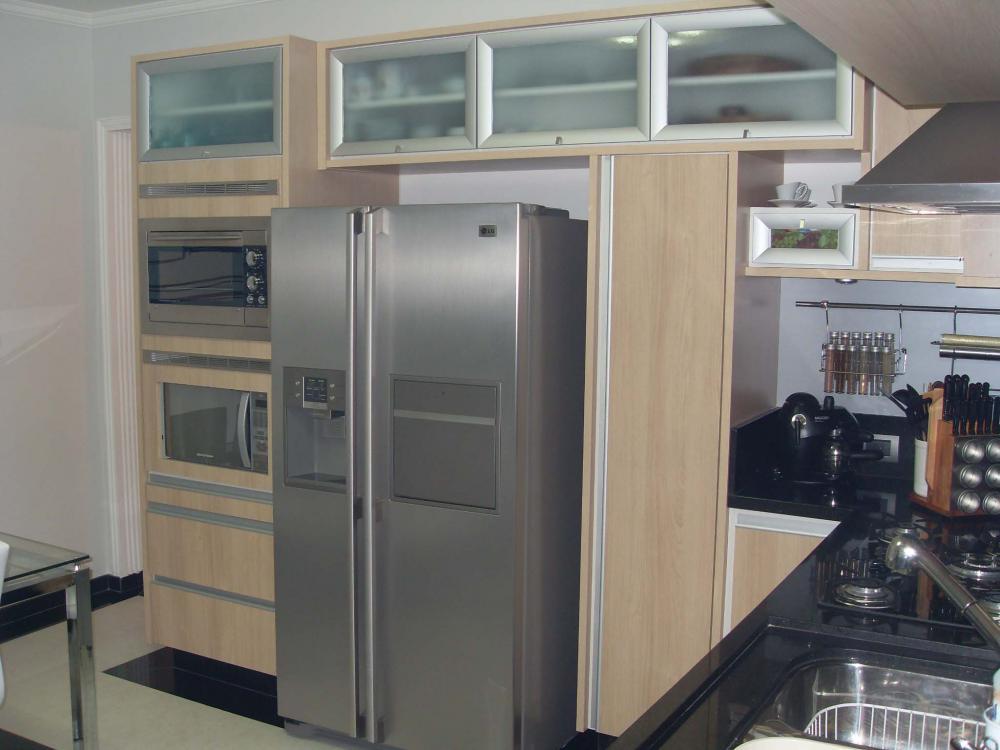 Cozinha planejada no Tucuruvi Zona Norte SP com torre para forno e microondas - Foto 4